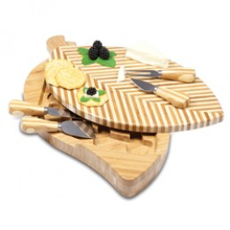 Picnic Time Leaf Design Bamboo Cutting Board